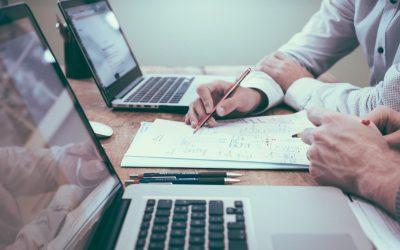 Aspectos legales, tributarios, de propiedad intelectual y contratos